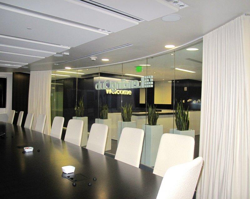 lendingclub-curved-boardroom