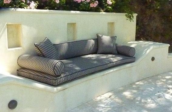 Indoor-Outdoor-Fabric-Sofa-Pool