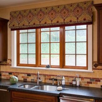 kitchen-roman-shade-large-window