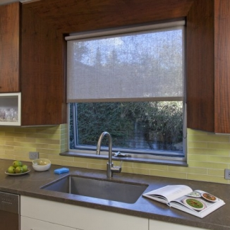 linen_roller_shade_kitchen