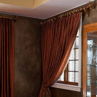 moorish influence dining room curtain detail